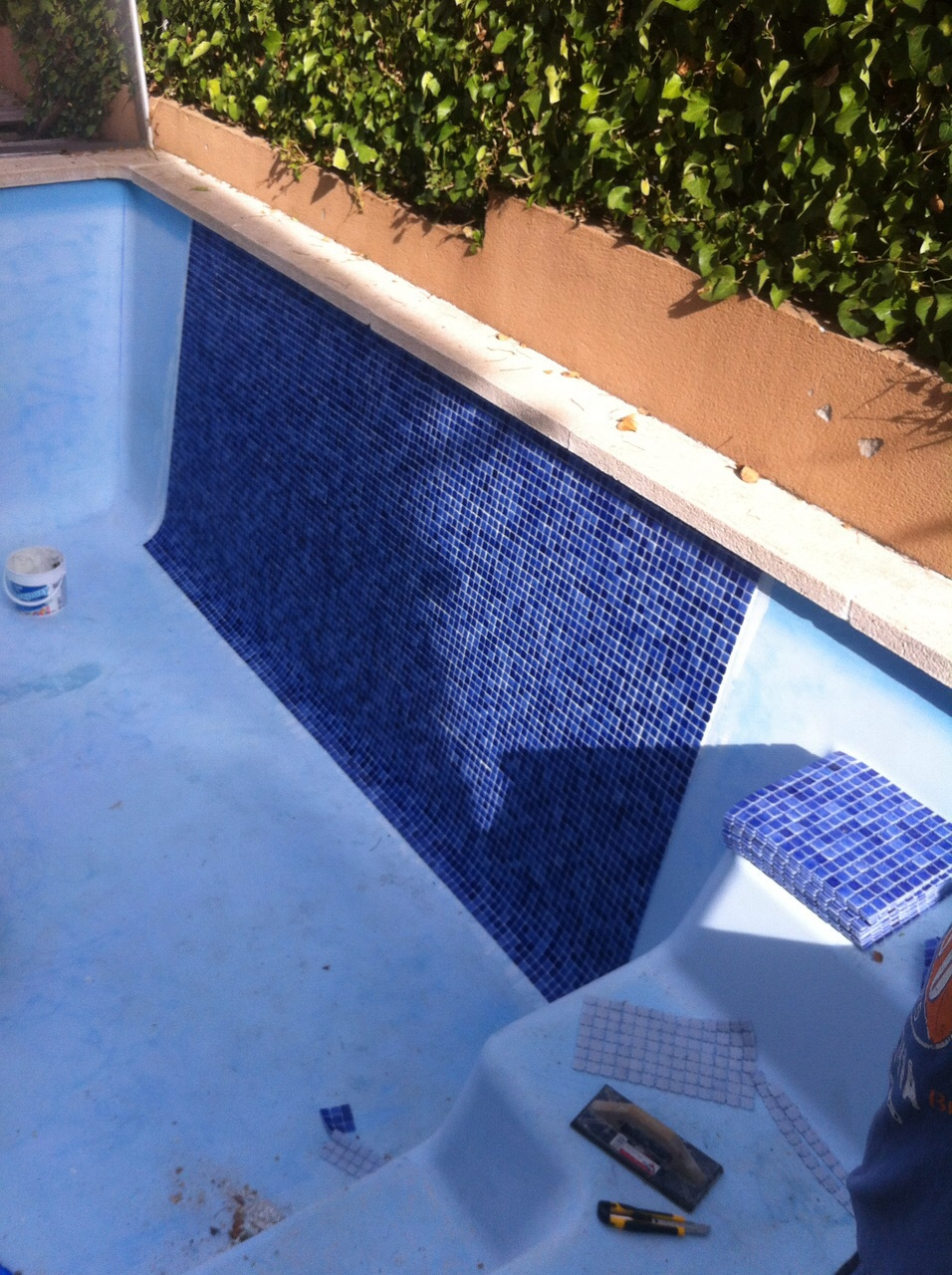 Gresite piscinas colores cheap gresite en piscina with for Colores ph piscina